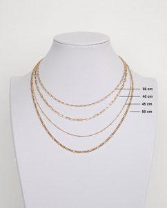 45cmのゴールドネックレスの長さ比較